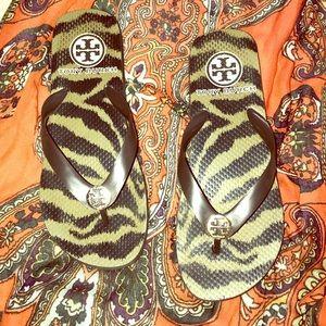 {Tory Burch} Rare Tiger Print Flip Flops